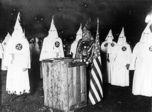 KKK_night_rally_in_Chicago_c1920_cph_3b12355